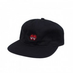 "KROOKED キャップ ""EYES EMB STRAPBACK CAP"" (Black)"