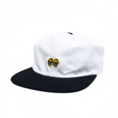 "KROOKED キャップ ""EYES EMB STRAPBACK CAP"" (White/Black"