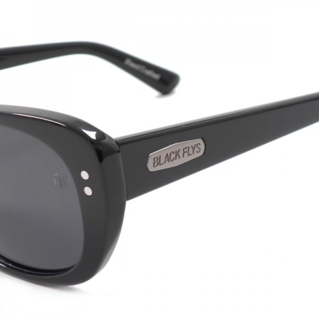 "BLACKFLYS サングラス ""FLY LOGAN"" (Black / Smoke Pol)"