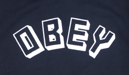 "OBEY パーカ ""OBEY NEW WORLD PULLOVER HOOD"" (Navy)"